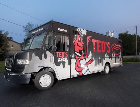 Ted's Hot Dogs Charcoal Chariot