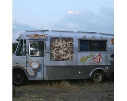 Adaptation Mobile Kitchen