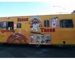 Rico's Tacos IA