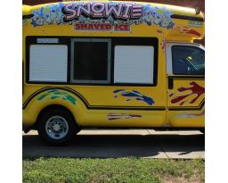 Snowie Bus of Nashville